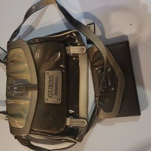 Guess purse see pictures damage new with tags